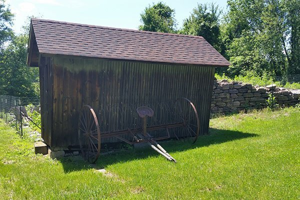 Corn Crib at the Ayres/Knuth Farm